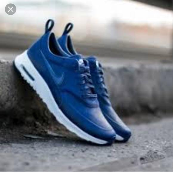 Nike Air Max Thea W shoes blue